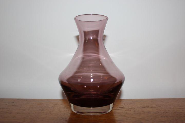 Riihimaen Lasi Oy / Riihimaki Tamara Aladin Glass Vase at www.hiddenintherafters.com