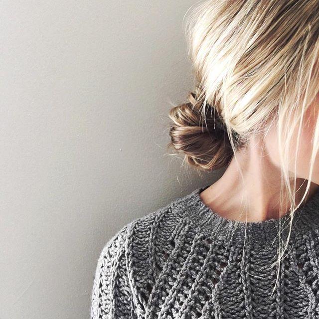 Low knot & cozy knit 〰 #AFLAHair @carajourdan