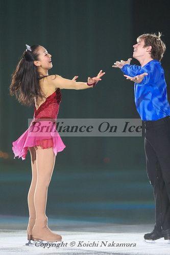 FIGURE SKATING star world champion Jeffrey Buttle & Mao Asada / 2008 THE ICE me  encanta !!!!