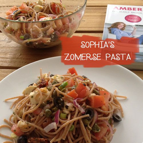 Sophia's zomerse pasta uit het kookboek Eet jezelf mooi, slank en gelukkig van Amber Albarda