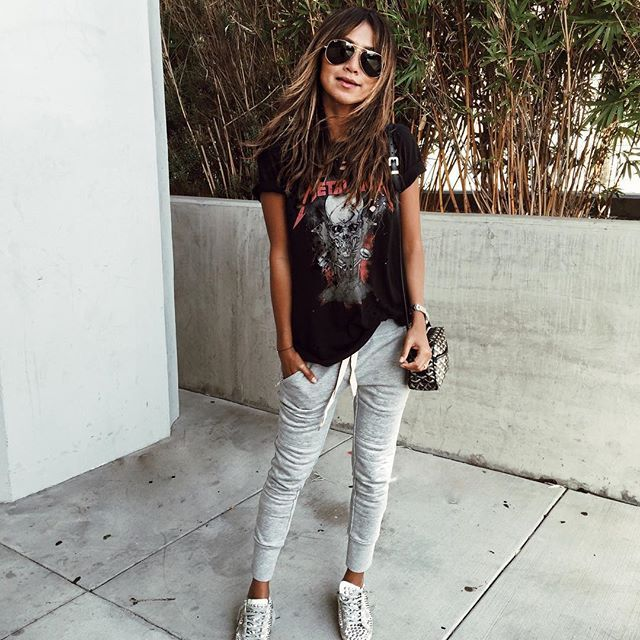 21.11.16 ☠️❤️ / our Lux joggers now in heather grey! Shopsincerelyjules.com @shop_sincerelyjules