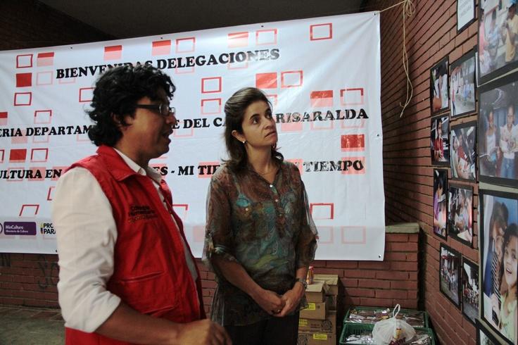 María Claudia López, Viceministra de Cultura recorre la exposición fotográfica