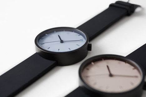 Draftsman 02 watch by Nendo Laser cut marks on surface glass