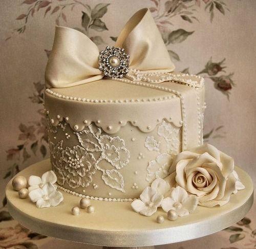 ELEGANT WEDDING CAKE! by SUZIE Q