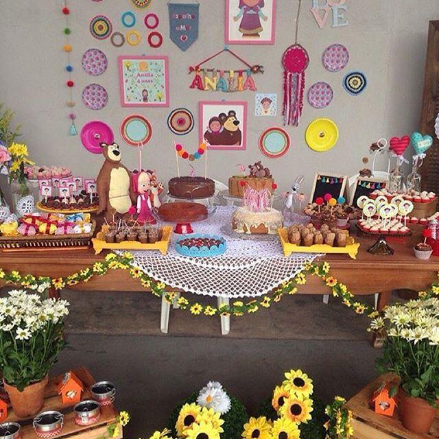 Amei a festinha da filha da Pati @mamaefesteira, muito linda e com tema fofo e original: Masha e o Urso!  #kikidsparty