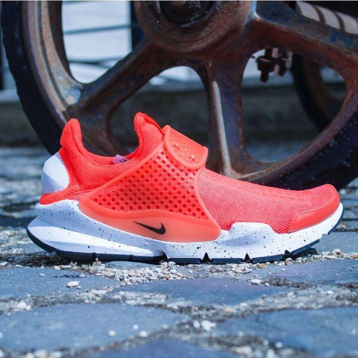 Free Shipping 6070 OFF Nike Sock Dart SE Total Crimson White Total Crimson Villa Ja4pK