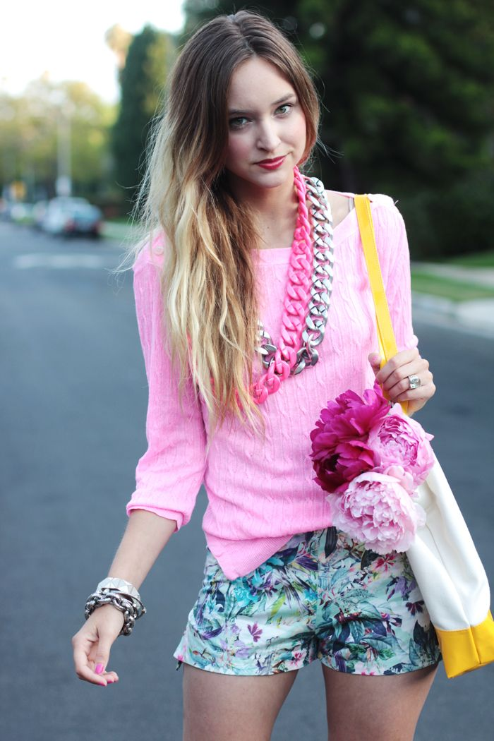haute haute hauteFashion, Summer Style, Ombre Hair, Street Style, Lips Colors, Floral, Pink Peonies, Street Chic, Pink Parties