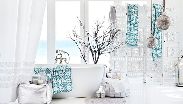 H&M - ocean breeze bathroom.
