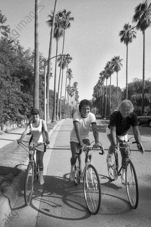 Mireille à Hollywood au Beverly Hills en 1971 en compagnie de Michel Drucker et Johnny Stark