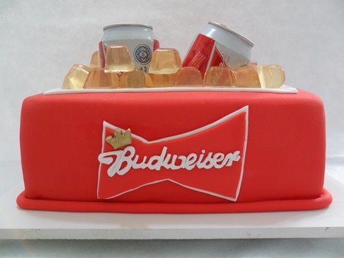 Bolo Budweiser