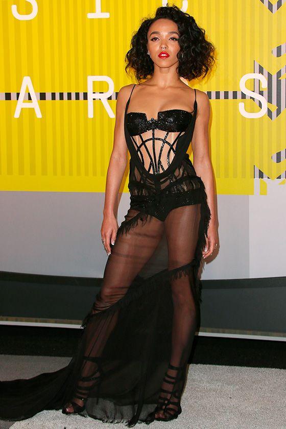 MTV Video Music Awards: the hottest looks FKA Twigs http://en.louloumagazine.com/celebrity/mtv-video-music-awards-the-hottest-looks/ / MTV Video Music Awards: les looks les plus hot http://fr.louloumagazine.com/stars/mtv-video-music-awards-les-looks-les-plus-hot/