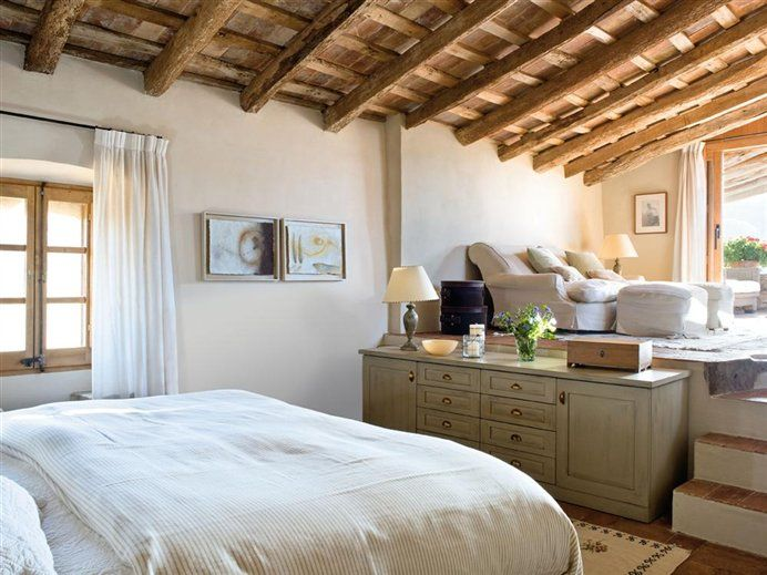 Restored Spanish farmhouse. Architect lluis Auque.