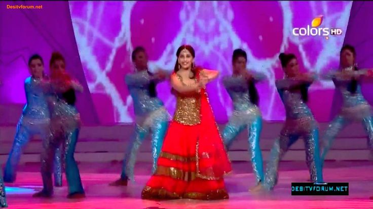 "#2012 #Bollywood #BollywoodDANCE #MadhuriDixit #DhakDhak ~ MADHURI DIXIT - full performance at ""People's Choice Awards""!!! (Dhak Dhak girl is the best!!! https://youtu.be/_O9lhsK8uVE"