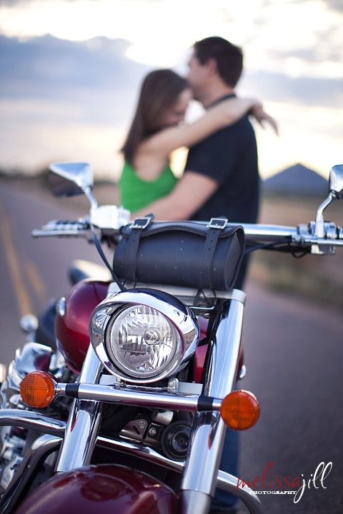 Dave s engagement shoot motorcycle couple picturesmotorcycle engagement photosengagement