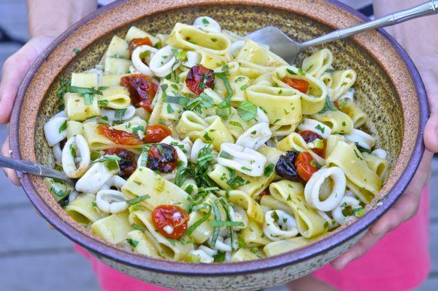 Calamarata - Squid-shaped pasta with squid