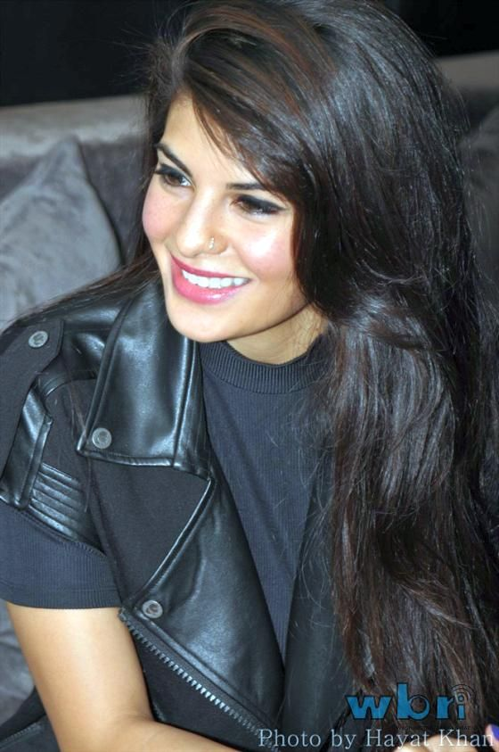 Having been part of some of the biggest sequels including Murder 2, Housefull 2 and Race 2, Jacqueline Fernandez who has dabbled in various genres admits to comedy being her favorite.  Read more: http://www.washingtonbanglaradio.com/content/54743313-jacqueline-fernandez-loves-comedies#ixzz2U1zNOSVm  Via Washington Bangla Radio®  Follow us: @tollywood_CCU on Twitter
