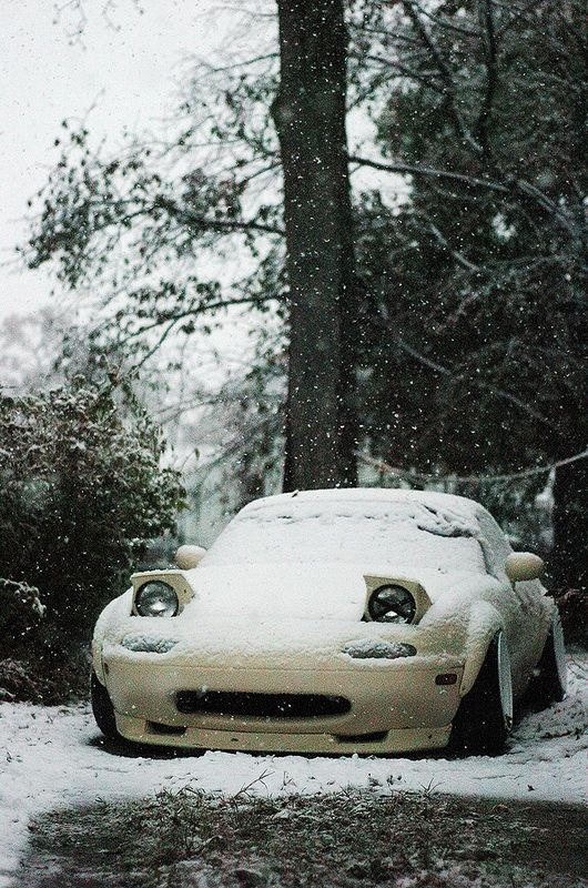 I used to own a Miata - loved the pop up headlights on the first gen model.