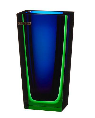 """SEVERIN BRØRBY HØNEFOSS 1932 - JEVNAKER 2001  Vase K-7017 ´""""Blokkvasen"""" største versjon, Hadeland Glassverk. 1960. Blått og grønt glass. Signert: Hadeland 60 SB."""