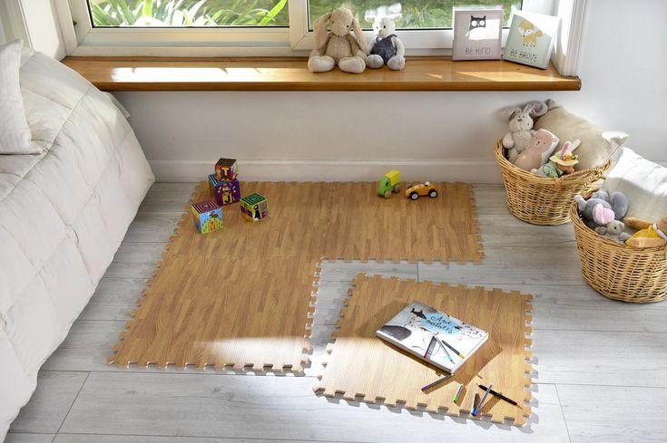 La Alfombra Puzzle de madera es la plataforma ideal para que tu hijo juegue, pues transforma cualquier tipo de superficie en un lugar plano, limpio y seguro.   #Infantil #Juegos #Sodimac #Homecenter #DíaDelNiño Kids Rugs, Home Decor, Farmhouse Rugs, Puzzle Mat, Soil Type, Boy's Day, Platform, Flooring, Interiors