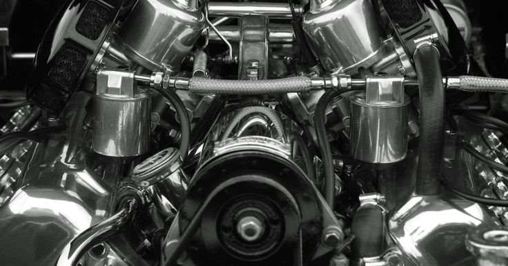 Como construir um gerador usando um motor elétrico. Seu motor elétrico de ímã permanente pode ser usado como gerador. Basta aplicar uma fonte de energia externa para girar o eixo de um motor elétrico e seu motor se tornará um gerador. Seu gerador de motor elétrico precisará ser girado ligeiramente mais rápido do que a unidade projetada especificamente como gerador, mas existe uma pequena diferença ...