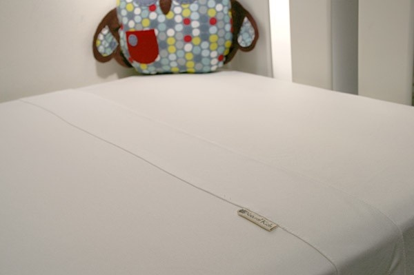 Natural Kids Bamboo Cot and Toddler Bed Sheet Set