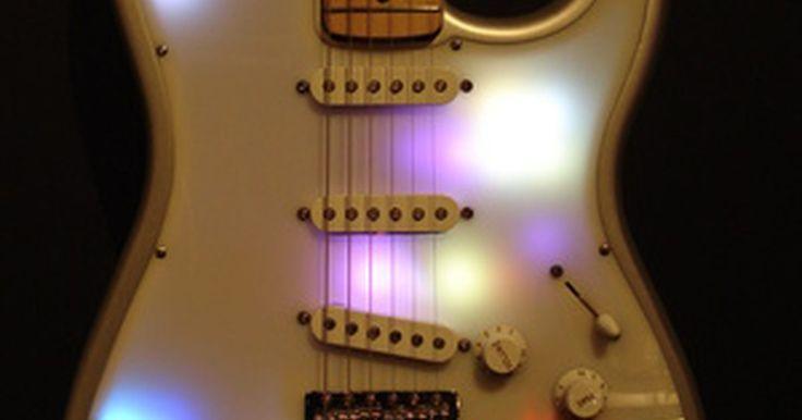 """Cuánto vale una guitarra Teisco. Teisco era una marca de instrumentos musicales fabricada en Japón desde 1946 hasta 1969. La compañía produjo guitarras eléctricas para principiantes, agregando la marca """"Teisco Del Ray"""" en 1964. No es muy conocida por su calidad o por su capacidad de ejecución, son buscados por sus diseños a veces extravagantes, y por la fascinación de los ..."""