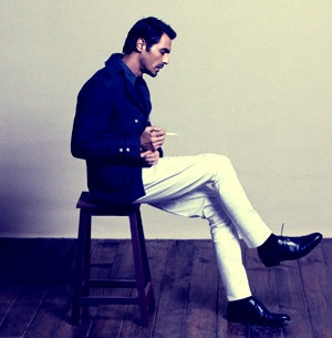 Arjun Rampal in blue #jacket and white trousers  Courtesy: GQ #India #sartorial