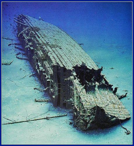 """Wreck of the """"Britannic"""" - world's biggest sunken ocean liner. ..♥.Nims.♥"""