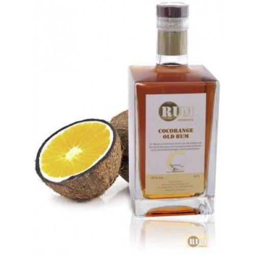 Rum Company Cocorange - Rombo.dk 450 kr. Den sødeste og blødeste rom jeg hidtil har smagt. Detaljer Rum Company Cocorange Old Rum er en blending af lagret rom fra Caribien. Duft: frisk sød kokosnød, delikat appelsin og vanille.  Smag: fyldig i munden med en behagelig kokos note og delikat sød frugt. Appelsinsmag. Eftersmag: kokos forbliver længe i ganen. vandt guld i kategorien Flavoured Rum ved Rum Festival 2012 i Berlin.  Har smagt den med stor glæde og den skal bestemt i skabet en dag.