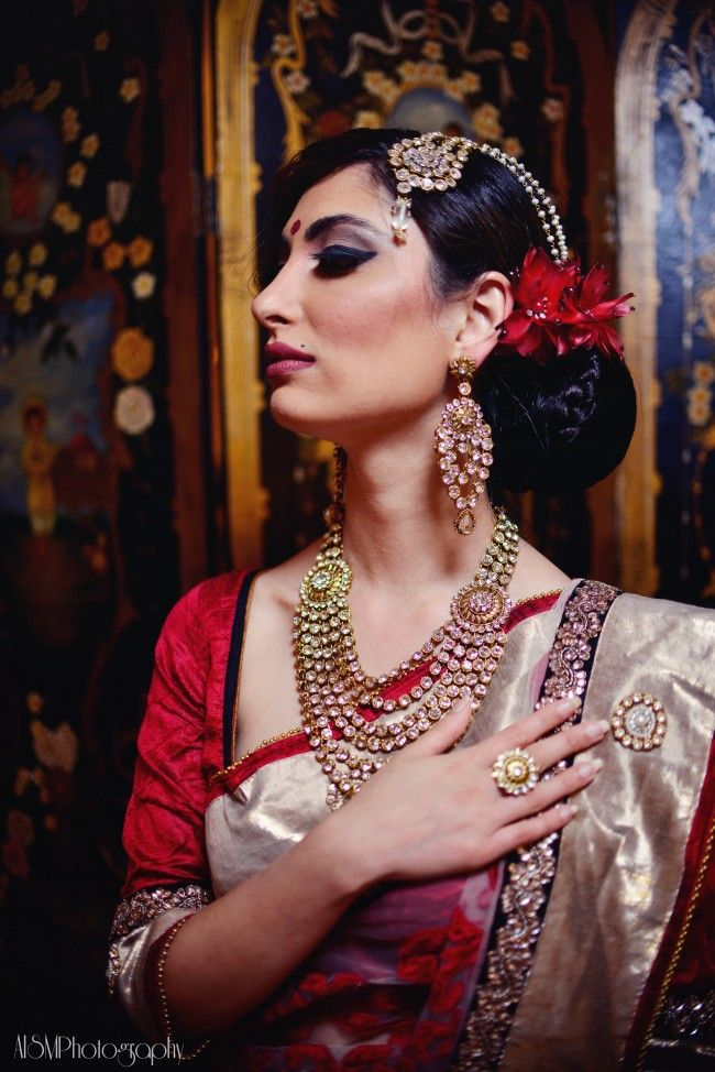 Indian wedding bridal look. Love the accessories more than the saree actually.