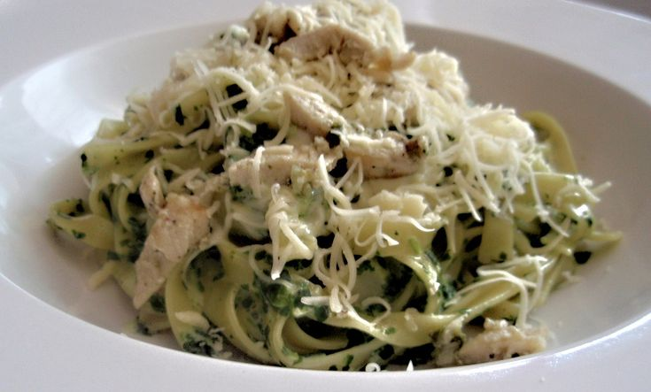 Kuřecí maso si naložíme do bylinek, které si rozdrtíme ve hmoždíři s olivovým…