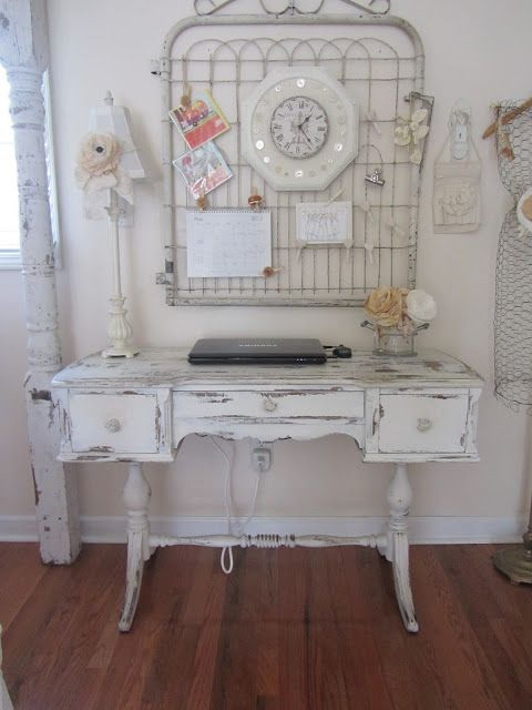 Junk Chic Cottage - I love the vintage look of this office.