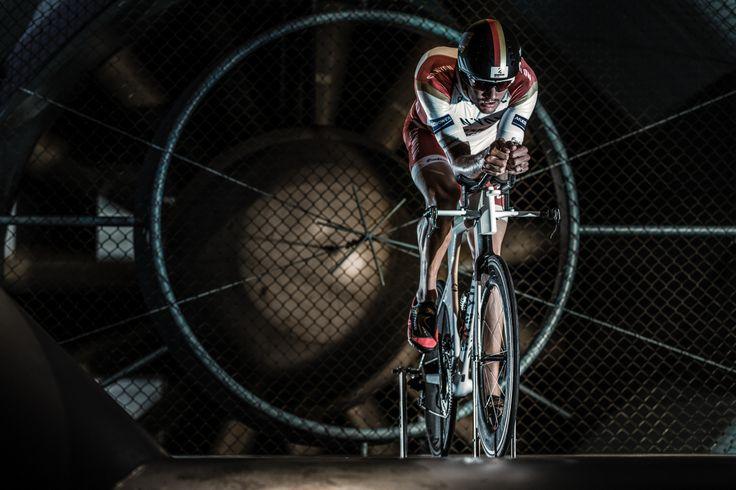 Ironman World Champion Jan Frodeno testing his new Speedmax CF SLX in the wind tunnel © Markus Greber