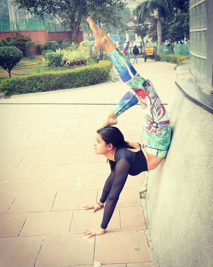 When you make a decision to achieve something and put everything you've got to it you make great things happen.  Thank you @chhavisahal for continuing to share your journey with us :) Tag us in your yoga and workout pictures to get featured and share the love!  #Yoga #FitNut #LoveYourSweat #LoveYourself