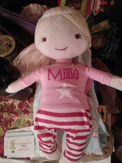 Millie has arrived thanks to my new friend Sue from the UK! Cant wait to give this gift :)