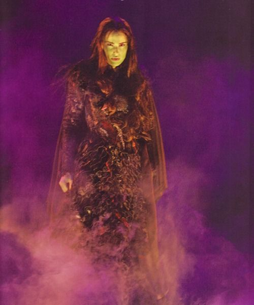 Elphaba Idina Menzel | Wicked in Pictures (Idina Menzel (Elphaba) in the original West End ...