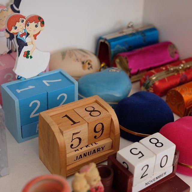 Selamat Siang  . Kalender Abadi Teddy ( warna coklat putih) Rp…