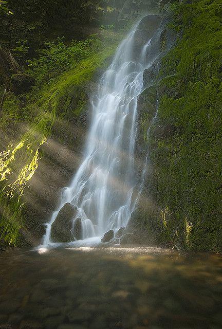Cabin Creek Falls, Columbia River Gorge, Oregon