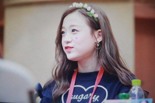 APRIL - Jinsol