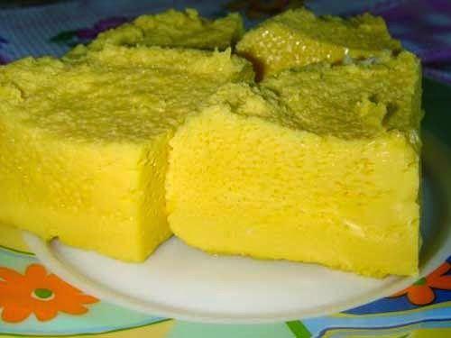 Самый вкусный и такой нежный омлет, он больше на суфле похож. Очень вкусный и полезный. Можно делать солёный или сладкий.