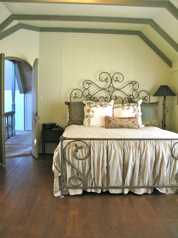 1000 images about cottage bedrooms on pinterest country for 5 bedroom cottages