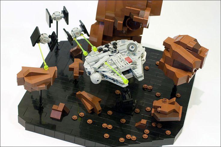 Génialissime scène de poursuite dans le champ d'astéroïdes au format miniscale - Par Marshal Banana
