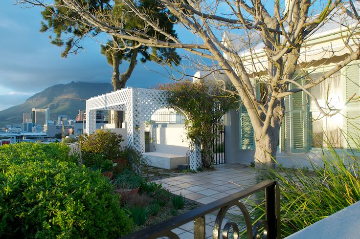 Bayview in Cape Town | Where to Stay - Situated in the fashionable and historic De Waterkant village, this trendy village is known as the Greenwich Village of South Africa, with quiet tree-lined streets and elegantly restored cottages. Visitors enjoy a village atmosphere with a taste of old Cape lifestyle.