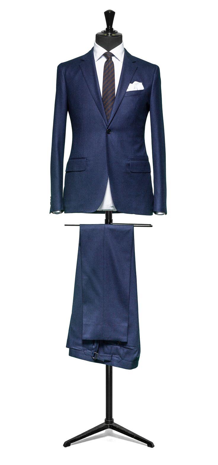 Blue suit Plain flannel S120 http://www.tailormadelondon.com/shop/tailored-suit-fabric-4328-plain-blue/