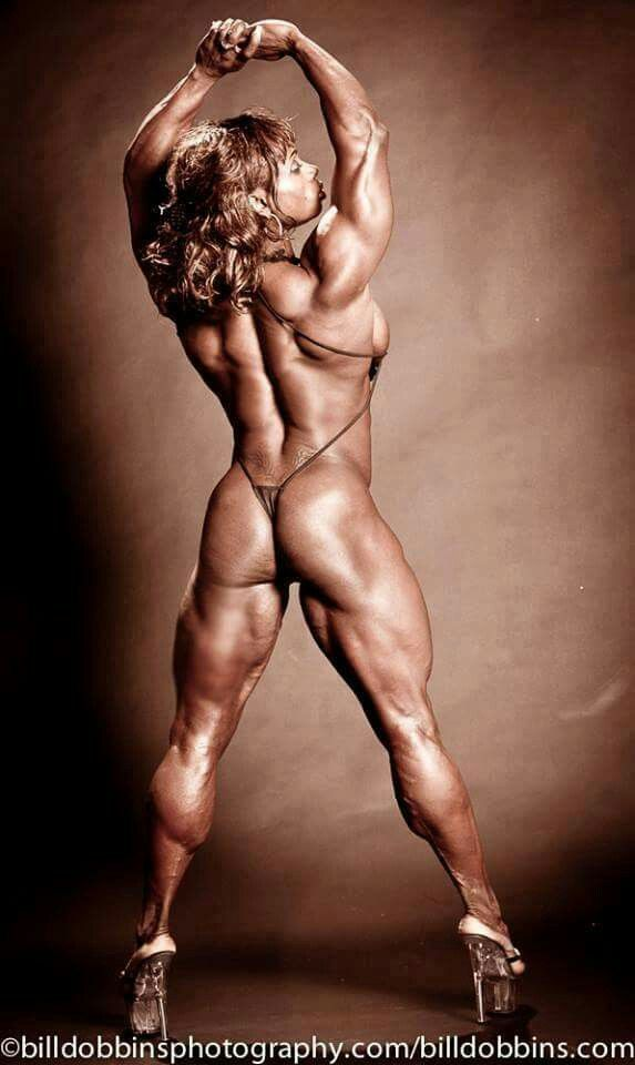 Naked nasty bodybuilding women — pic 11