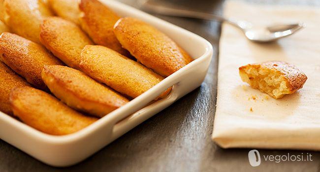 La ricetta delle madeleine vegane vi stupirà: sono facili da preparare e morbidissime! Ecco come fare per realizzare...
