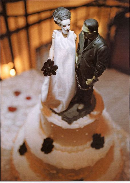 *The* perfect cake topper for the wedding!