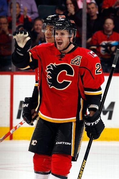 SECOND STAR: #20 Curtis Glencross, Calgary Flames