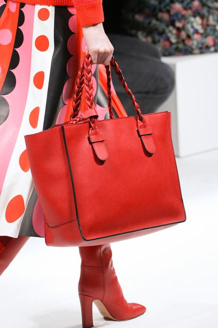 Valentino | Fall 2014 Ready-to-Wear Collection #bags #purses #fashion @N17DG