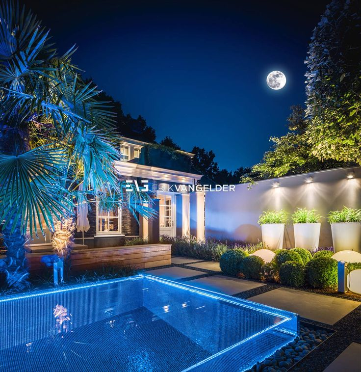 Bent u op zoek naar een bijzonder zwembad in de tuin heerlijk toch de dag afsluiten met een for Modern zwembad